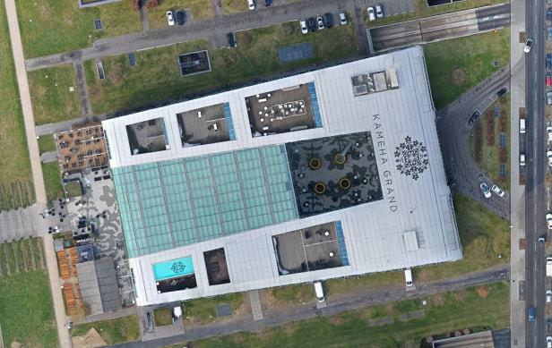 Ein georeferenziertes Othofoto eines Luxushotels in Deutschland von oben.