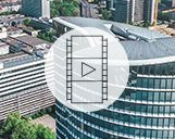 Drohnenvideo eines Bürogebäudes mit Innenaufnahmen sowie seiner Umgebung in Düsseldorf